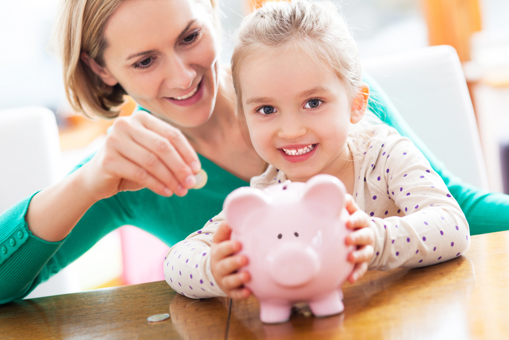 10 Fun Ways to Teach your Child to Save!